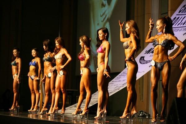 """Lạ mắt cuộc thi hoa hậu """"cơ bắp"""" tại Hàn Quốc 5"""