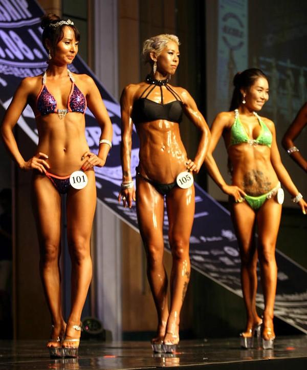 """Lạ mắt cuộc thi hoa hậu """"cơ bắp"""" tại Hàn Quốc 18"""