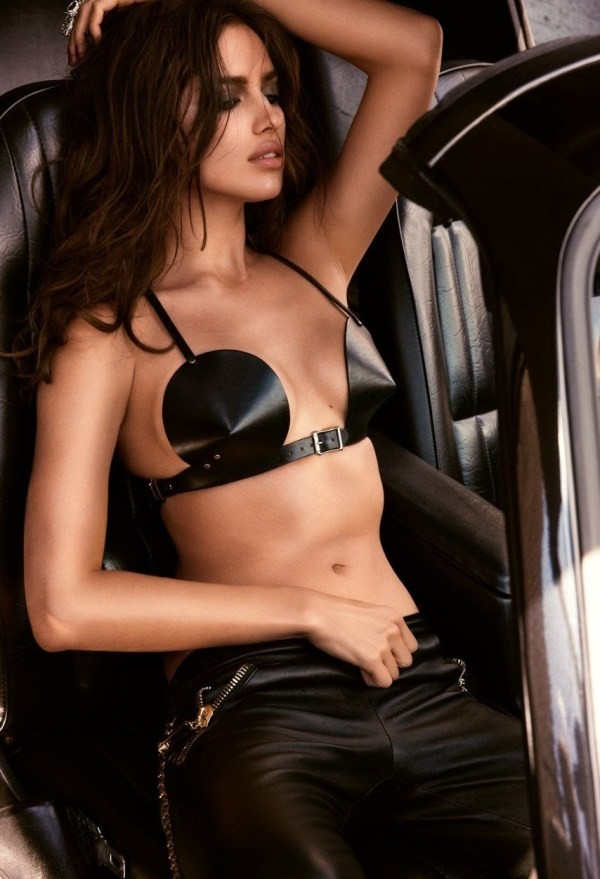 Bỏng mắt với loạt ảnh chèn ép ngực đầy khêu gợi của Irina Shayk 8