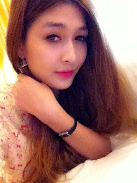 Bóng hồng xinh đẹp của tiền vệ Duy Thanh 3