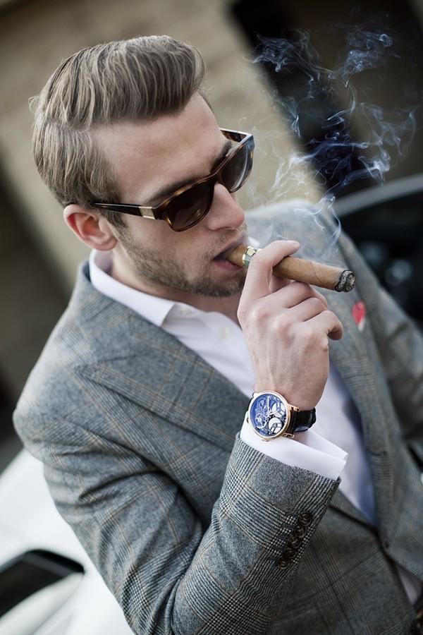 Chọn mua chiếc đồng hồ đẹp và hợp mọi phong cách 4