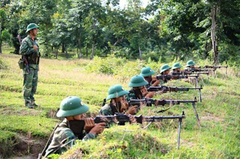 Luyện tập bắn súng Trung liên RPĐ