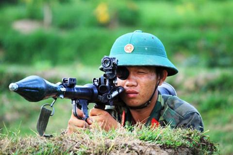 Huấn luyện với súng B41