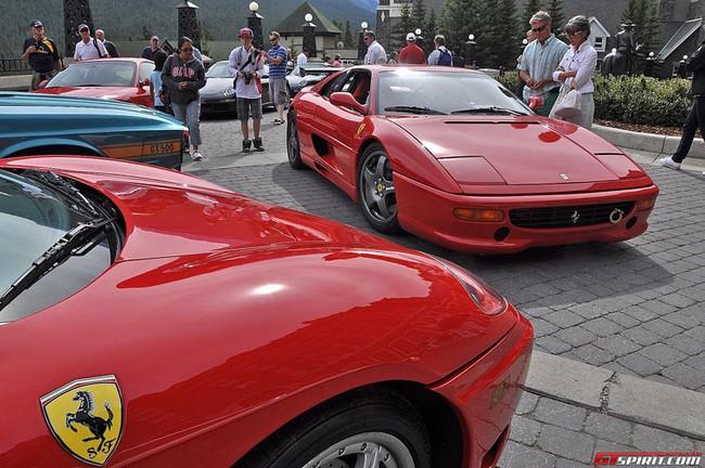 Cầu hôn bạn gái bằng dàn xe Ferrari và Porsche 3