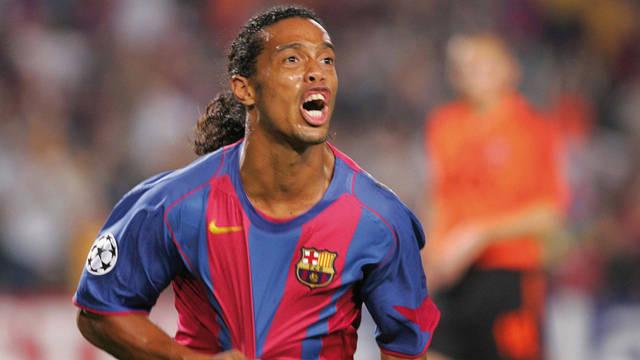 Ronaldinho lên đỉnh vinh quang tại Barca