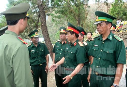 ...và yêu cầu lực lượng Quân đội, Công an làm tốt công tác bảo đảm an toàn tại Vũng Chùa - Đảo Yến.