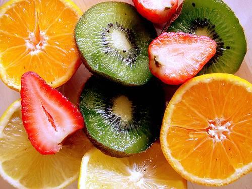 """""""Yêu"""" khỏe hơn nhờ vitamin4"""