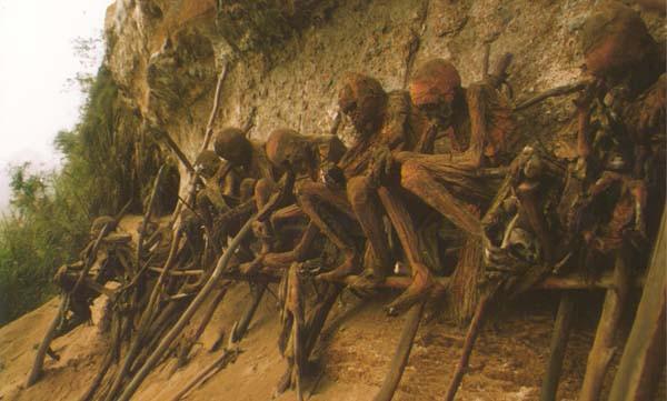 """Tới thăm các nơi lưu giữ """"xác chết lộ thiên"""" rùng rợn 3"""
