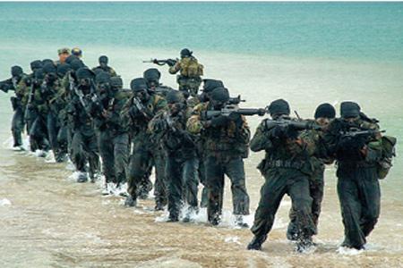 Đặc nhiệm hải quân SEALs Thái Lan huấn luyện chiến đấu