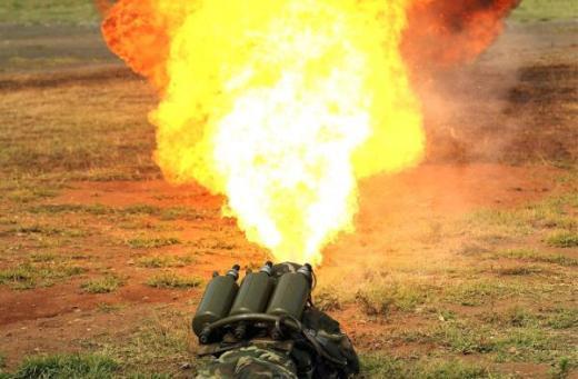 Súng phun lửa Type-58 của Trung Quốc