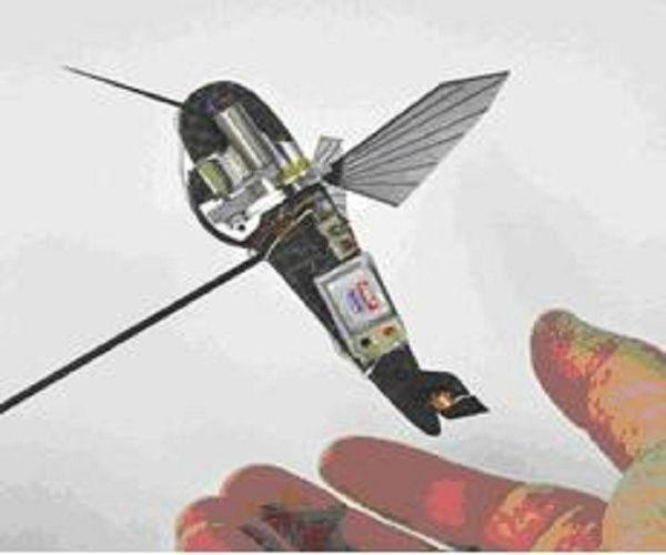 Nhưng một vấn đề được đặt ra trong quá trình nghiên cứu là nếu UAV nhỏ quả thì khả năng chịu gió, khả năng bay treo một chỗ và cơ động tốt trong không gian hạn chế sẽ được giải quyết ra sao...