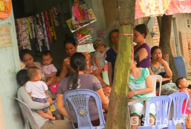 Người ở khu phố 6, phường Linh Trung, quận Thủ Đức (TP.HCM)cảm thấy căm phẫn, bàng hoàng trước hành động dã tâm của bảo mẫu Nhờ