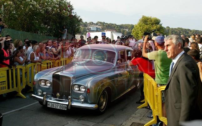 Chùm ảnh: Sao Barca nô nức dự đám cưới Xavi