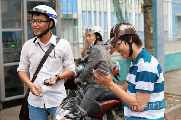 """""""Phe vé"""" xuất hiện trong ngày đầu bán vé xem U19 Việt Nam thi đấu 15"""