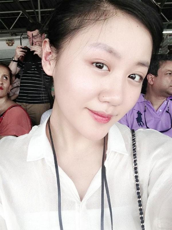 Hành trình 'thôn nữ' béo tròn đến gợi cảm của Văn Mai Hương 16