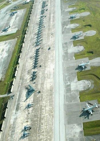 Guam là mái nhà của lực lượng máy bay ném bom chiến lược Mỹ