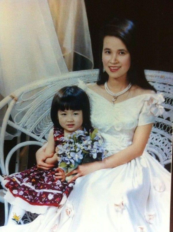 Đọ nhan sắc của mẹ ruột các Hoa hậu, Á hậu được khen là đẹp hơn cả con gái - Ảnh 13.