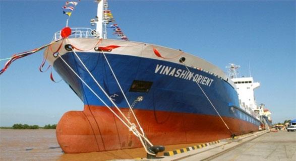 Ngày 31/10/2013, Bộ Giao thông - Vận tải chính thức thông báo việc chuyển Tập đoàn Công nghiệp tàu thủy Việt Nam (Vinashin) thành Tổng công ty Công nghiệp tàu thủy (SBIC)