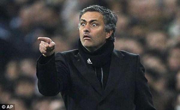 Trong nỗi đau thất bại, Mourinho vẫn thể hiện được cái chất riêng của ông