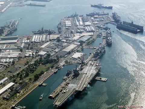 Tàu sân bay USS Enterprise của Mỹ tại Vịnh Subic