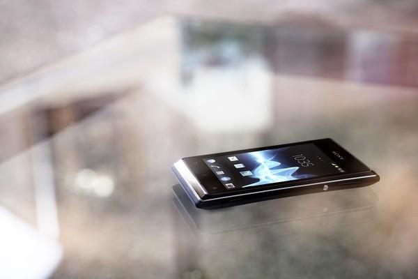 10 smartphone có thời lượng pin tốt nhất trên thị trường 4