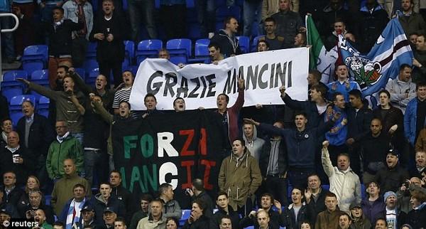 NHM Man City tri ân Mancini