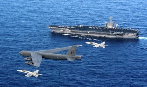 Một biên đội tàu sân bay xuất phát từ Guam