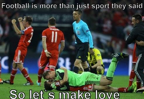 Chuyện gì cũng có thể xảy ra trong bóng đá...