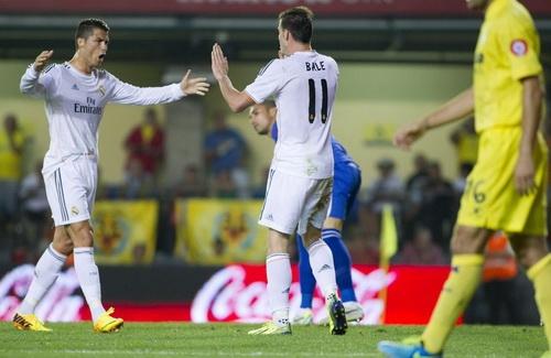 Cris Ronaldo và Bale cần phải học cách phối hợp và yêu thương lẫn nhau