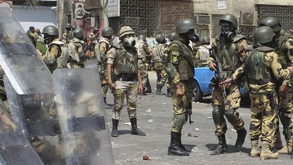 Tình hình bất ổn tại Ai Cập đang khiến nhiều nước lo lắng và có phương án di dân (Ảnh: Reauter)