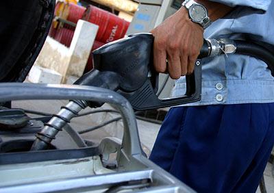 Giá xăng có cơ hội giảm tiếp