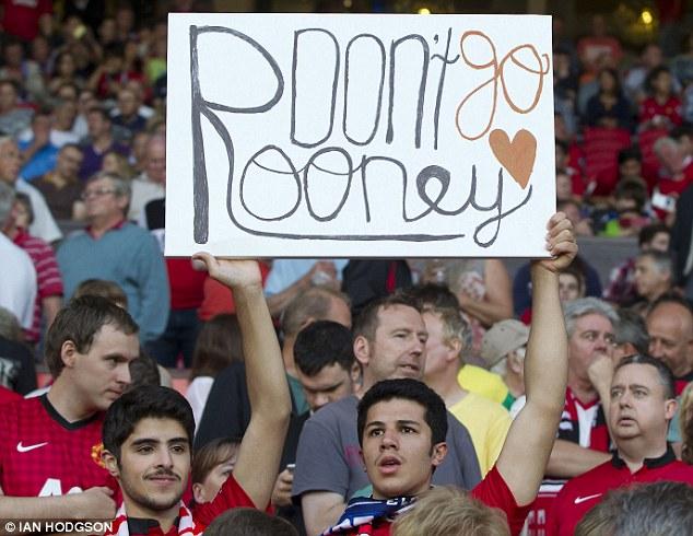 CĐV Man United ủng hộ R10