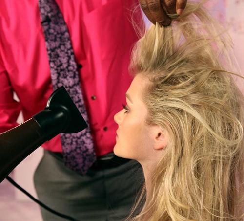 7 lưu ý giúp sấy tóc bóng khỏe không phải ai cũng biết