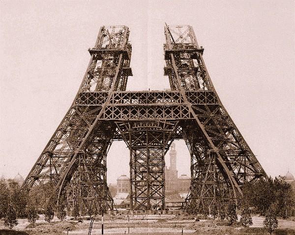 So sánh hình ảnh Hà Nội và Paris cuối thế kỷ 19 5