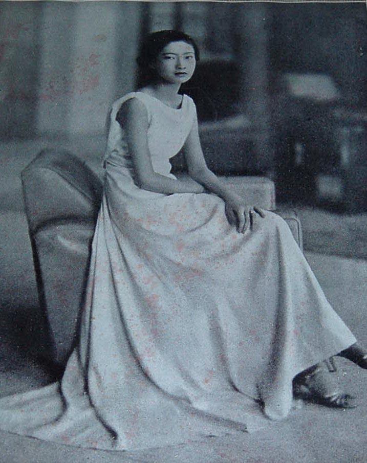 Một trong những bức ảnh được bà chụp tại Pháp.