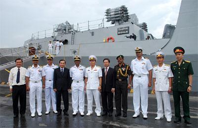 Việt Nam và Ấn Độ hợp tác đào tạo thủy thủ tàu ngầm