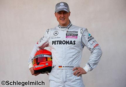 Peter Schmeichel là huyền thoại của làng đua F1 và thể thao thế giới
