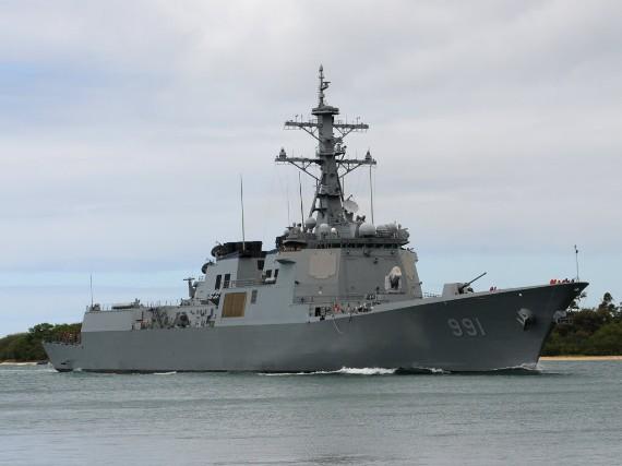 Khu trục hạm KDX-III trang bị hệ thống phòng thủ tên lửa Ageis.