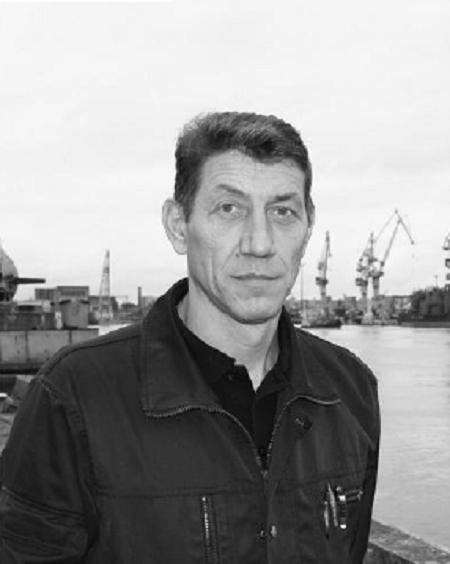 Kỹ sư trưởng Alexander Ivanovich Belyi