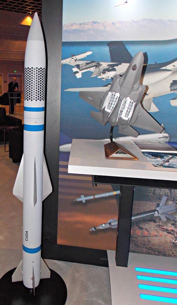 Tên lửa đối không CUDA: Vũ khí mới của chiến cơ F-35