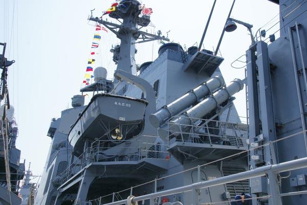 Hệ thống tên lửa chống hạm Type-90 SSM-1B có thể tiêu diệt mục tiêu ở cự ly tới 200km.