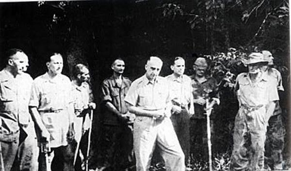 Bộ sậu chỉ huy quân đội Pháp ở Điện Biên Phủ bị bắt sống
