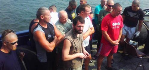 Các nhân viên an ninh tư nhân bị bắt cùng tàu MV Myre Seadiver