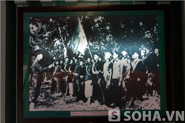 Lễ thành lập đội Việt Nam Tuyên truyền Giải phóng quân (22/12/1944)