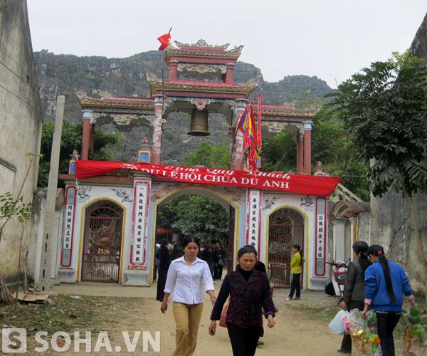 Được tổ chức vào mùng 9 tháng Giêng âm lịch hằng năm, lễ hội chùa Du Anh – Động Hồ Công (xã Vĩnh Ninh, Vĩnh Lộc, Thanh Hóa) được xem là một trong những lễ hội lớn nhất xủa Xứ Thanh.