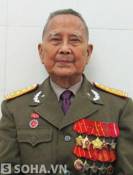 Đại tá Trần Trọng Trung - tác giả của nhiều cuốn sách viết về con người, cuộc đời và sự nghiệp của Đại tướng Võ Nguyên Giáp.