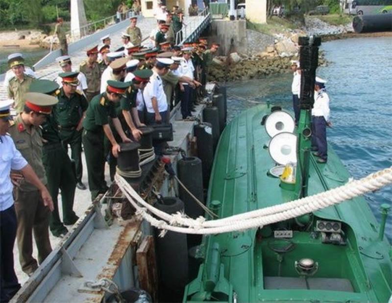 Hình ảnh chiếc tàu ngầm đăng tải trên báo Tuổi trẻ. Ảnh: T.B
