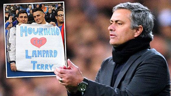 Mourinho về Chelsea: Vua Midas hay kẻ hủy diệt?