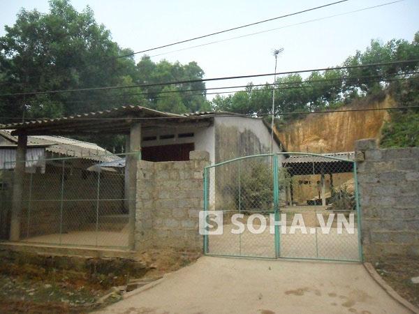 Ngôi nhà gia đình Tăng mới chuyển về xóm Trung Thành 2, xã Vô Tranh