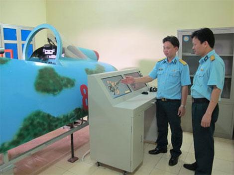 Thiết bị buồng lái mô phỏng dùng để đào tạo kỹ sư hàng không